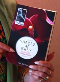 20130620-Shades_of-Grey-Book