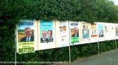 Wand mit Wahlplakaten in Waldighoffen für die Parlamentswahl 2017