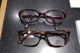 Oben meine alte Brille, unten die neue CAROLINA HERRERA
