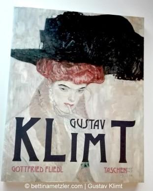 KLIMT_Maison_des_Lys_Buch_Gottfried_Friedl-11