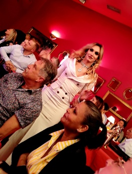 Cabaret «Pulverfass» - Travestieshow